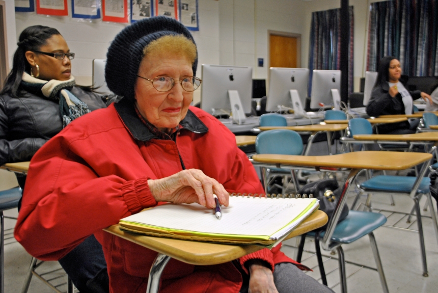 Eliezer Santiago   Photography Editor Miriam Sahl, 88, takes classes as something to do. She takes classes that she didn't have the  opportunity to take when she was in college.